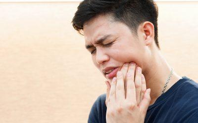 Dente do siso nascendo: saiba os sintomas.